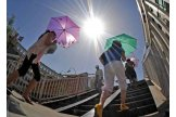Moldovan meteorologists issue yellow code of hot w