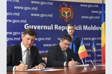The press conference, supported by co-chairmen of the intergovernmental commission for economic cooperation between Moldova and Romania, Octavian Calmic and Costin Grigore Borc,'