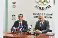 The National Olympic and Sports Committee (CNOS)  held  a news briefing with the participation of two Olympic champions: the head of the Romanian Olympic and Sports Committee, Mihai Covaliu and CNOS head Nicolae Juravschi'