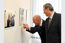 U.S. Ambassador James D. Pettit inaugurated a photo exhibition on occasion of the 25th anniversary of diplomatic relations between the USA and Moldova'