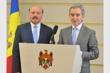 MPs Iurie Leanca and Valeriu Ghiletchi held a news briefing'
