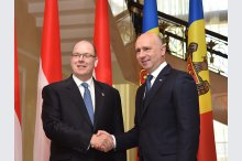 The Prime Minister of the Republic of Moldova had a meeting with the Prince of Monaco. The signing ceremony of two bilateral cooperation documents'